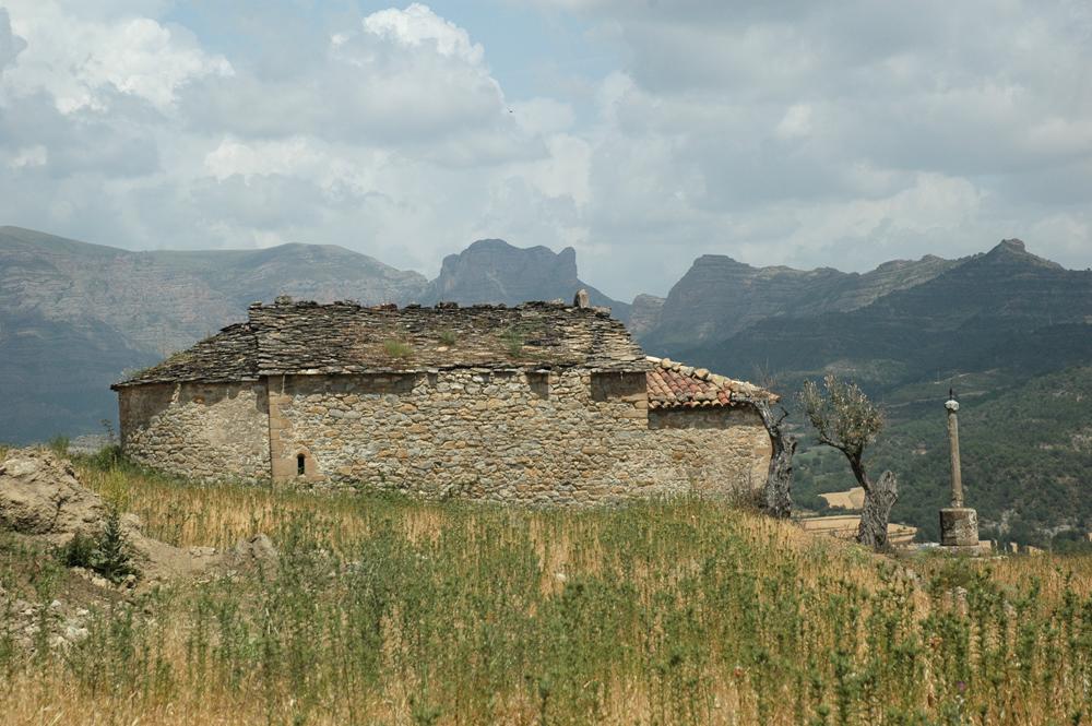 Sin salir de Roda, la ermita románica de la Virgen del Pilar