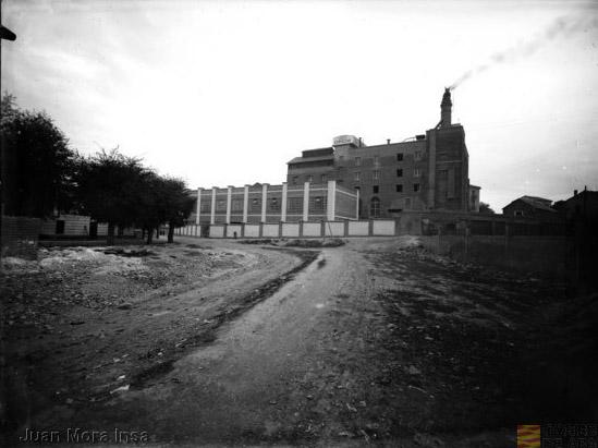 La Fábrica de La Zaragozana, por Juan Mora Insa. AHPZ