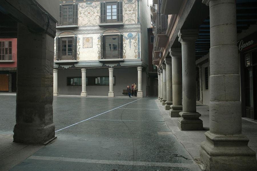 Soportales de casa Bardají y fachada de casa Heredia (finales del siglo XVIII)